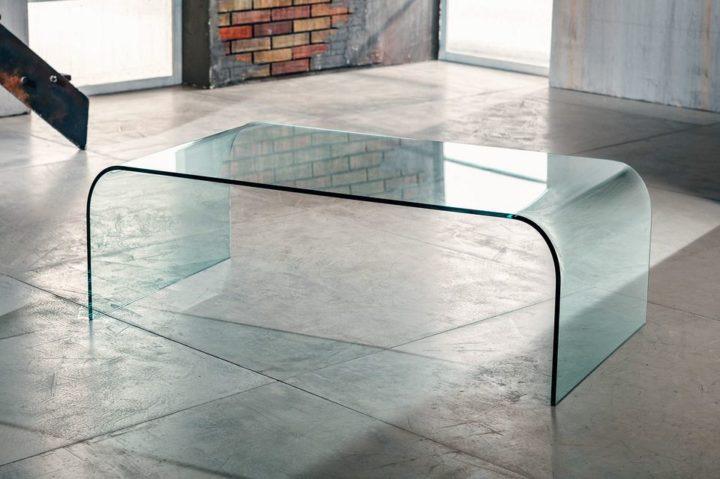 Il vetro curvato per il tavolino da salotto di Imago Factory Grace il ritratto